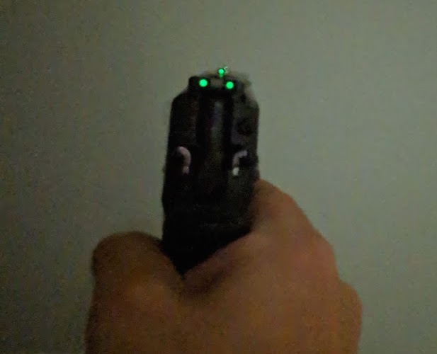 Should You Have Night Sights Or A Flashlight On Your Pistol?