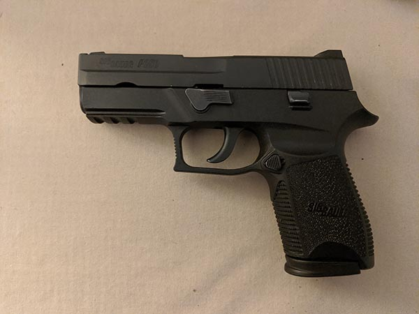 size of handguns: compact 9mm pistol