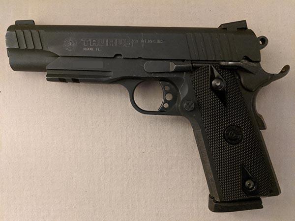 size of handguns: full size pistol