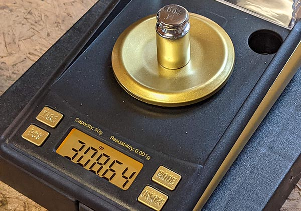 20g weight on digital scale measured in grains